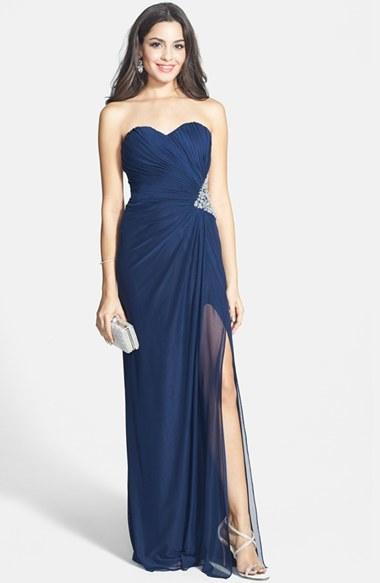 Vestidos de noche azul oscuro