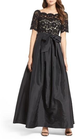 Vestidos de noche con encaje negro