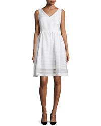 Vestido de vuelo blanco de Kate Spade