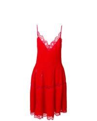 Vestido de vuelo de encaje rojo de Givenchy