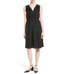 Vestido de vuelo negro de Kate Spade