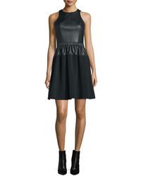 Vestido de vuelo negro de MICHAEL Michael Kors