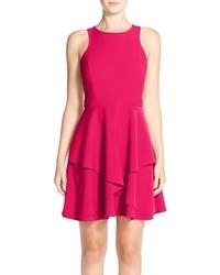 Vestido de vuelo rosa de Adelyn Rae
