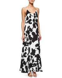 Vestido largo estampado en blanco y negro de Rebecca Minkoff
