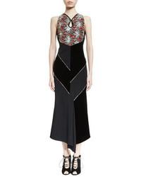 Vestido midi de terciopelo con print de flores negro de Roland Mouret
