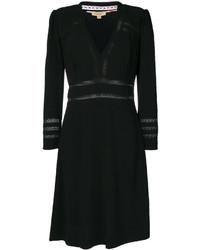 Vestido negro de Burberry