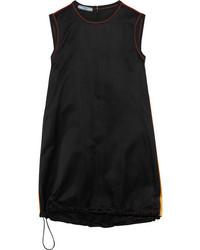 Vestido negro de Prada