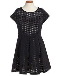 Vestido negro de Ruby & Bloom