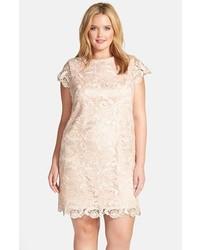 $188, Vestido recto de encaje en beige de Eliza J