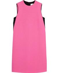 Vestido recto rosa de Victoria Beckham