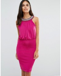 Vestido tubo con adornos rosa
