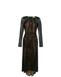 Vestido tubo de encaje negro de Martha Medeiros