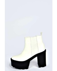 Boohoo lara cleated elastic pull on boot medium 127097