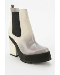 Yolanda platform boot medium 127099