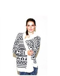 Soho Girl Wavy Aztec Print Sweater In White
