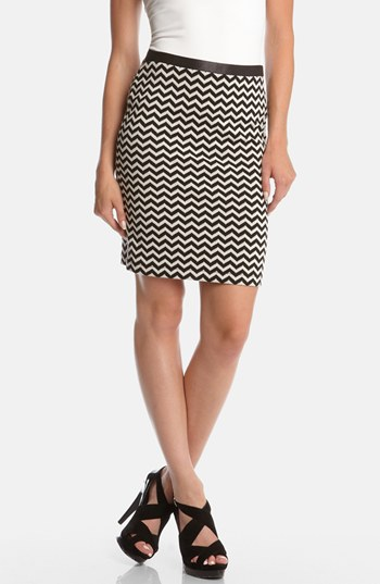 chevron stripe pencil skirt black white x small
