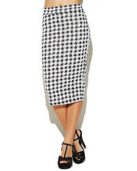 White and Black Houndstooth Pencil Skirts for Women | Women's Fashion
