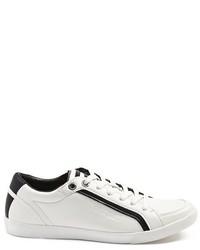 GUESS Jike Low Top Basic Sneakers