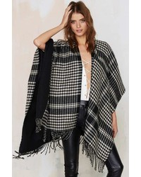 Factory Warm Welcome Plaid Poncho