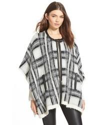 Mattea shawl medium 353905
