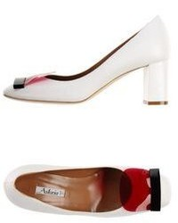 Astoria Pumps