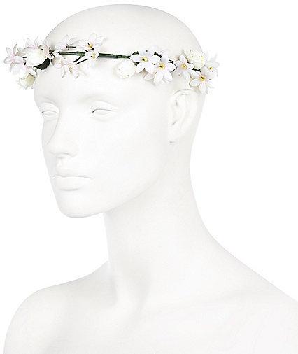 River Island Cream Flower Hair Garland
