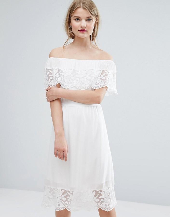30 Vila Off The Shoulder Lace Dress