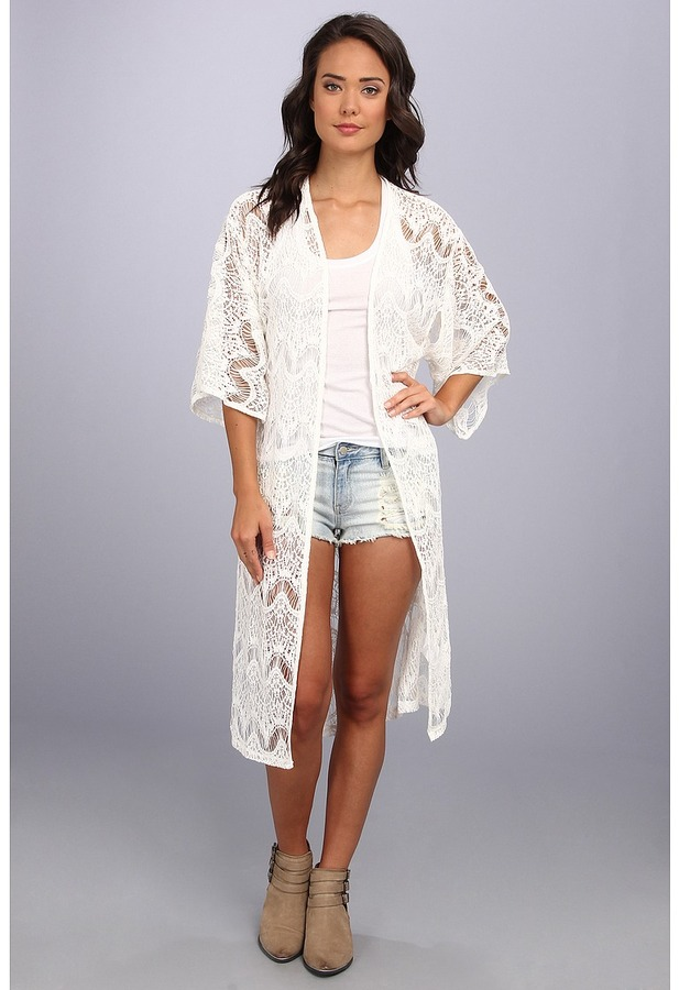 MinkPink Dance With Me Kimono   Where to buy & how to wear