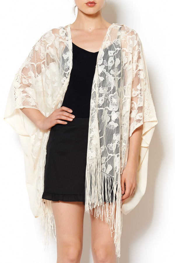Flying Tomato Ivory Lace Kimono | Where to buy & how to wear