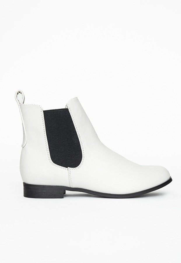 Missguided Katie Flat Chelsea Boots