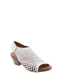 BUENO Slingback Sandal