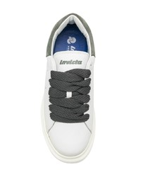 Invicta Low Top Sneakers