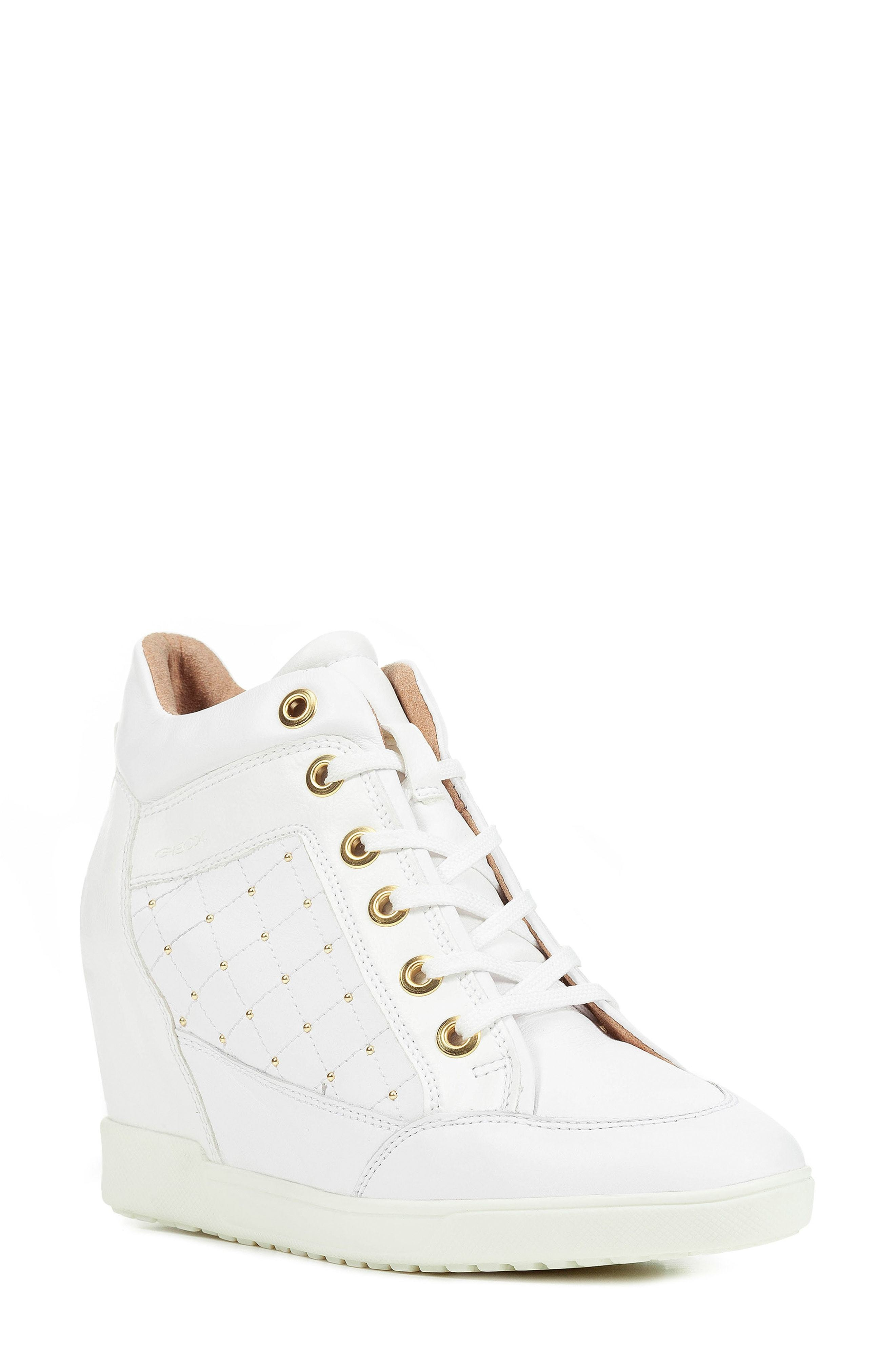 Carum Wedge Sneaker