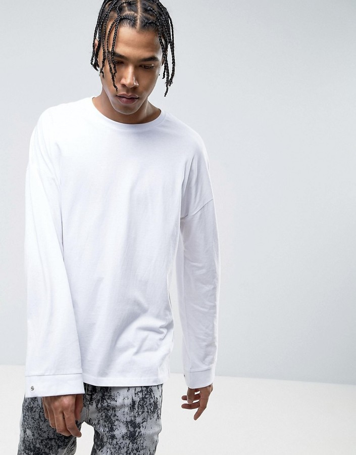 ddf93287450263 ... Asos Oversized Long Sleeve T Shirt With Extreme Bellow Sleeve And  Popper Cuff ...