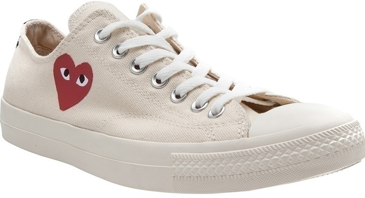 Comme des Garcons Comme Des Garons Play X Converse Low Top Sneaker