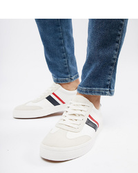 ASOS DESIGN Wide Fit Retro Trainers In White With Navy And Red Stripe