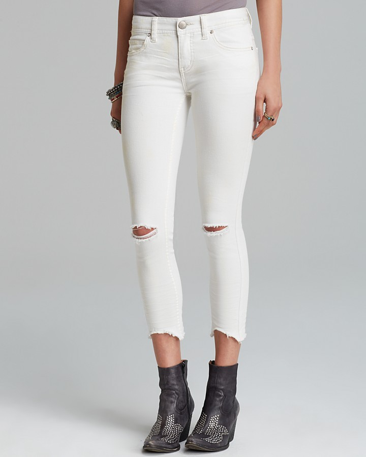 destroyed white skinny jeans - Jean Yu Beauty