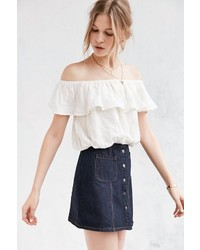 Kimchi & Blue Kimchi Blue Ruffle Off The Shoulder Cropped Top