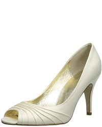 Adrianna Papell Farrel Dress Pump