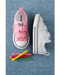 Converse Chuck Taylor 2v Faux Leather Sneaker