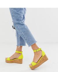 New Look Suedette Flatform Sandal In Light Green
