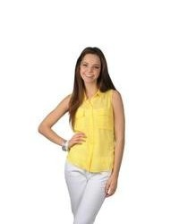 Journee Collection Lightweight Sleeveless Button Up Top