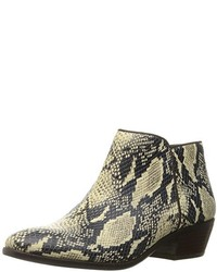 Petty ankle bootie medium 1314915