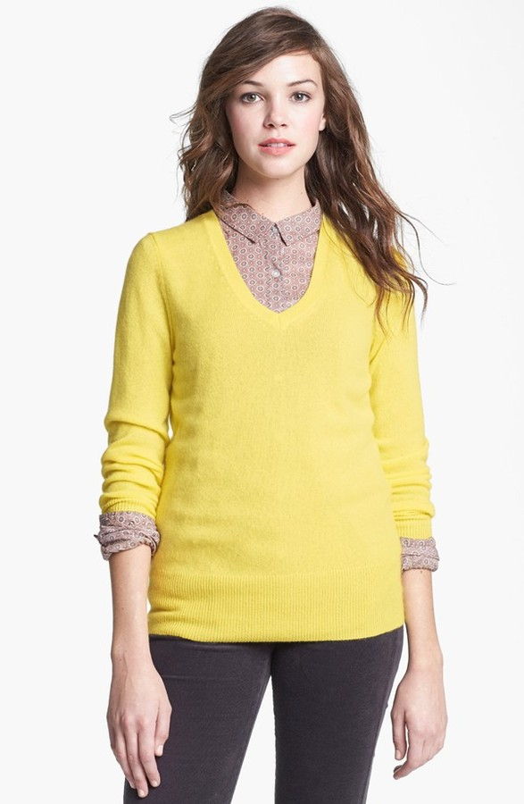 Halogen V Neck Cashmere Sweater | Where to buy & how to wear