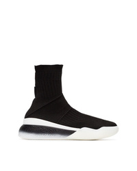 Zapatillas altas en negro y blanco de Stella McCartney