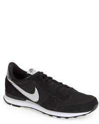 Zapatillas Bajas Negras y Blancas de Nike