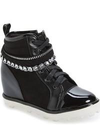 Zapatillas con adornos negras de Stuart Weitzman