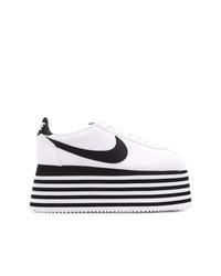 Zapatillas con cuña de cuero en blanco y negro de Nike