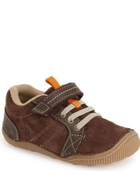 Zapatillas de ante en marrón oscuro de Stride Rite