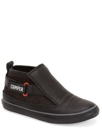 Zapatillas en marrón oscuro de Camper